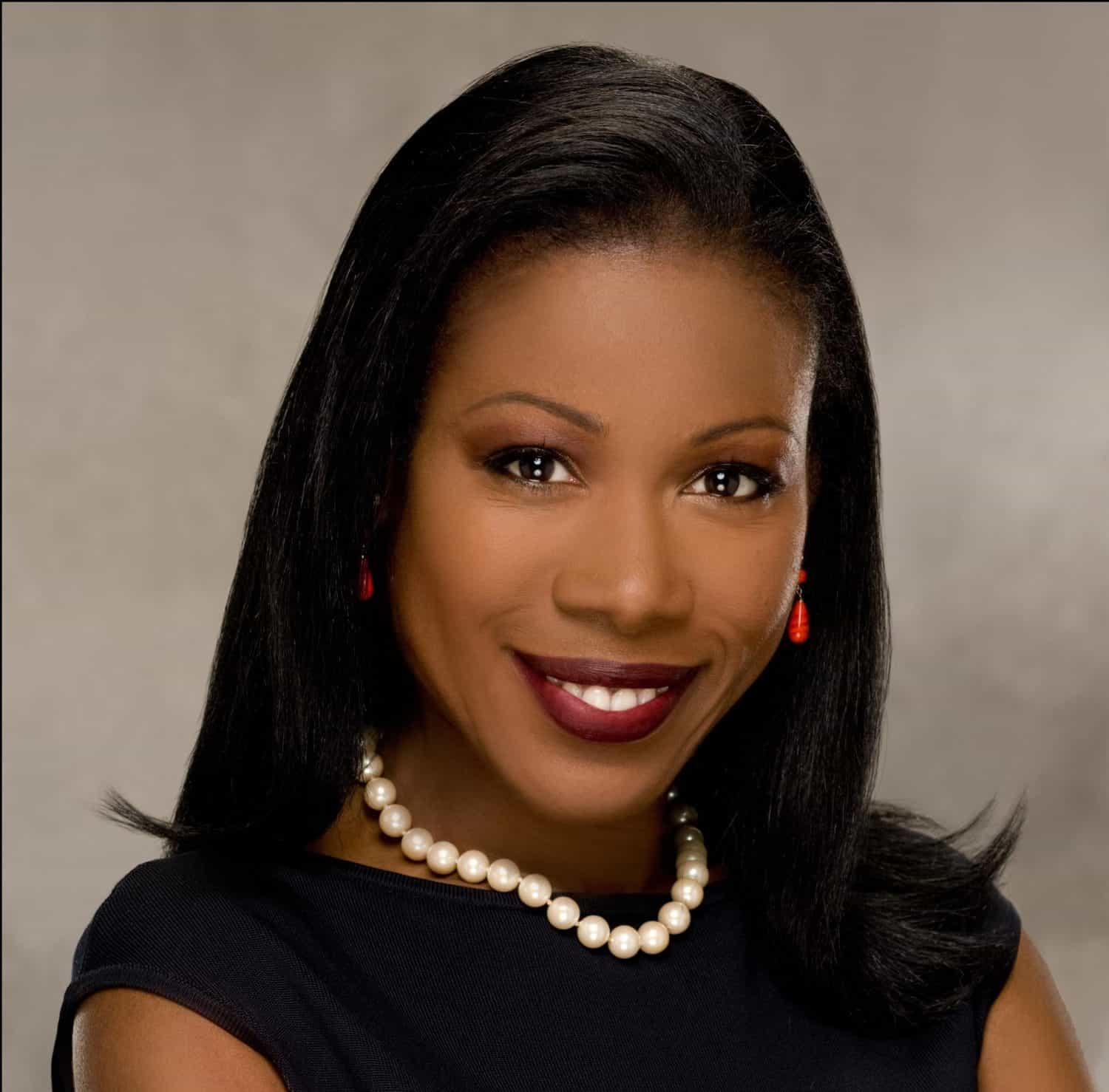 Author Dr. Isabel Wilkerson Headshot